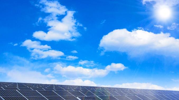 太陽光発電設備の耐用年数は?税法上のルールを解説!